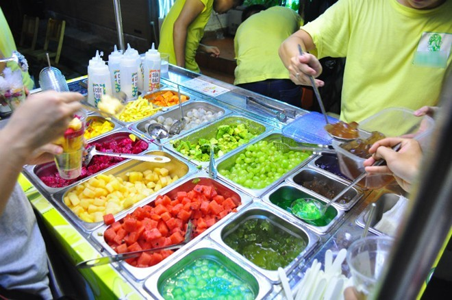 Trào lưu buffet hoa quả tự múc ở Hà Nội