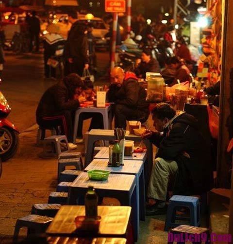 Địa chỉ ăn đêm nổi tiếng ở Hà Nội: Địa chỉ, giờ mở cửa & giá