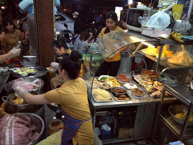 Cần gì Xôi Yến, dân sành ăn chỉ cần biết đến 3 hàng xôi xéo ngon nhất Hà Nội này
