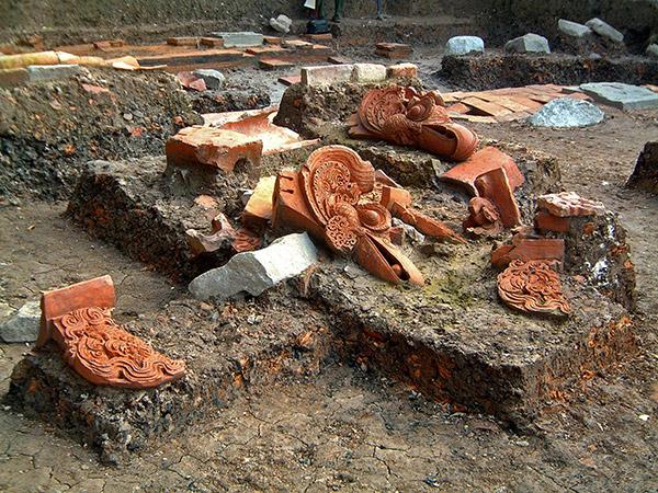 Di tích khảo cổ học 18 Hoàng Diệu