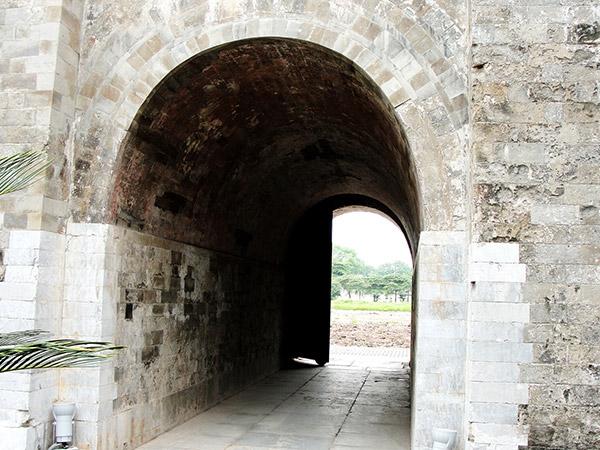 Kiến trúc vòm trong Hoàng thành