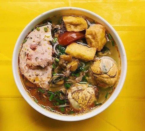 Những món ăn vỉa hè cho người chơi đêm Hà Nội