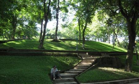 Núi Nùng - Danh sơn chính khí đất Thăng Long