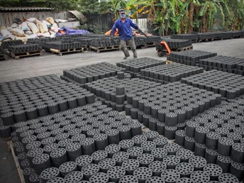 Xóa bếp than tổ ong - việc cần làm ngay ở Thủ đô