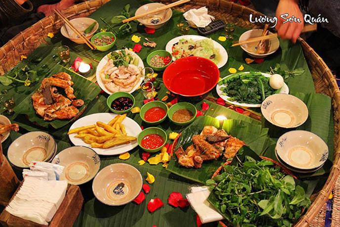 Điểm danh 9 quán ăn ở Hà Nội hễ chậm chân là hết bàn