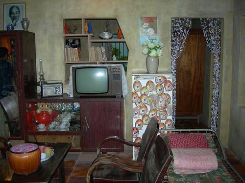 Hình ảnh một ngôi nhà được trang hoàng khi đến dịp Tết.
