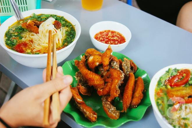 5 quán bún cá ở Hà Nội ngon đến mức, ăn một lần là mê ngay tắp lự - Ảnh 21.
