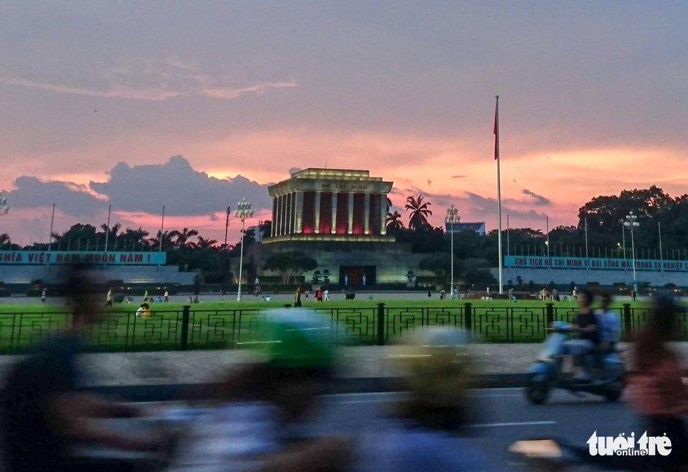 Lăng Bác tại quảng trường Ba Đình - Ảnh: NAM TRẦN