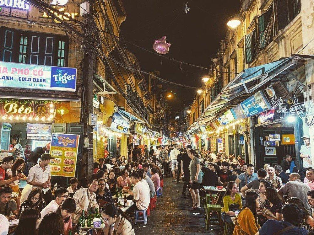 Chợ Đêm tại phố cổ Hà Nội